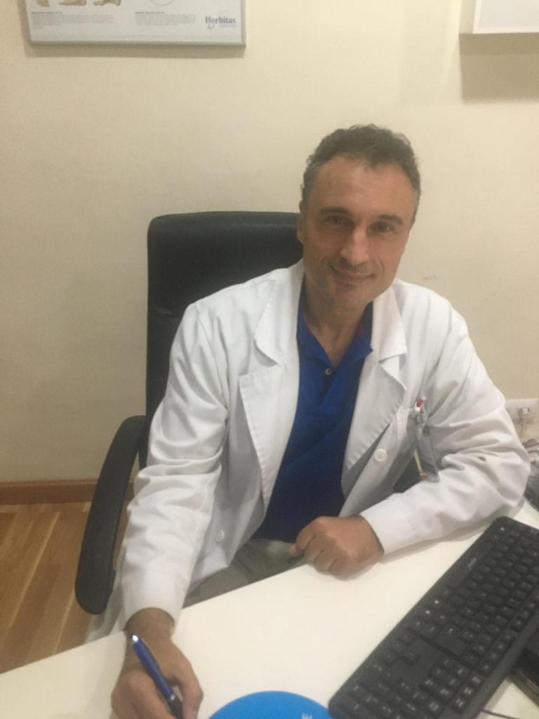 Dr.Fernando Higuero